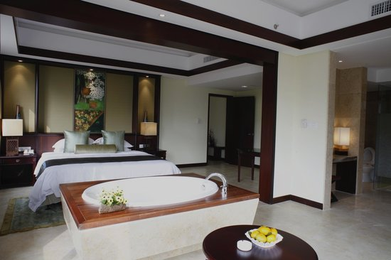 Yangshuo Resort: Riverview royal suite