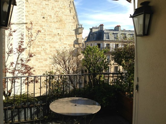 Hotel de l'Abbaye Saint-Germain: View from balcony