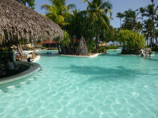 Bavaro Princess All Suites Resort & Spa: Piscine