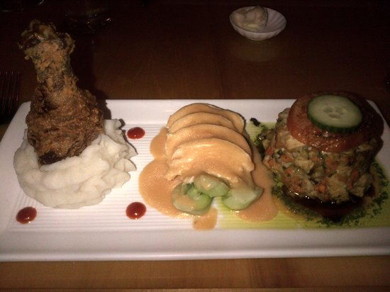 Oberlin, OH : Chicken Trio