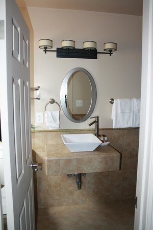 Laguna Riviera Beach Resort: Bathroom