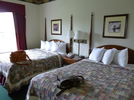 Country Inn & Suites Lancaster: Double