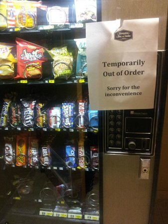 Hampton Inn & Suites Downtown Vancouver: vending machine