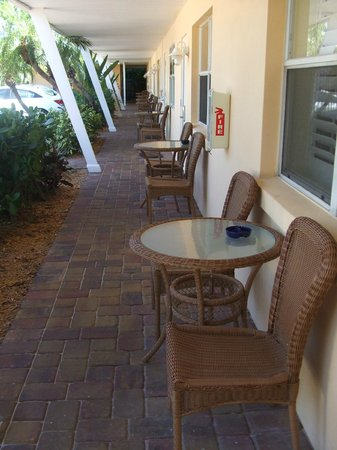 Tropical Shores Beach Resort: Just outside the door