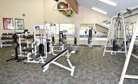 Eagle Lodge & Suites: Fitness Center