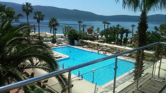 Ersan Resort & Spa: The main pool