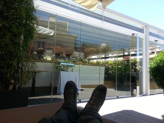 Babuino 181: Relaxing on the 4th floor patio after a wonderful breakfast.