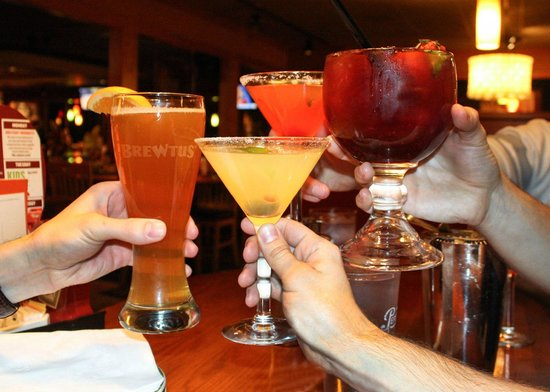 Batavia, NY: Drinks at Applebee's
