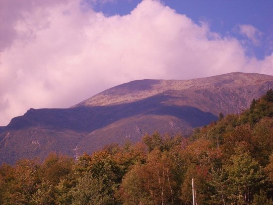 Jackson, NH : View of Mount Washington from the Wildcat parking lot