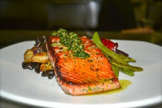 Big White, Canada: Lemon & Herb Salmon
