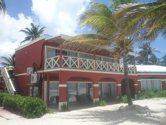 Hibiscus Beach Resort: Our cottage