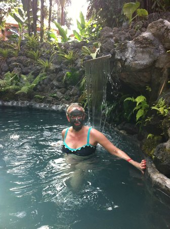 Montana de Fuego Hotel & Spa: hot springs at the hotel