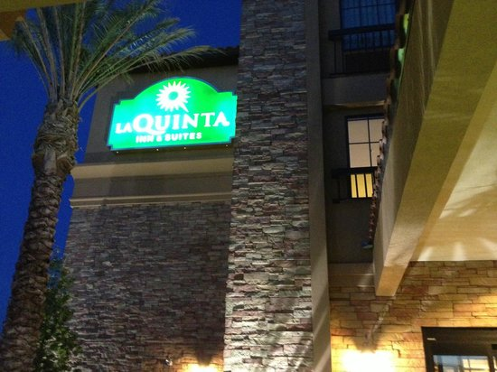 La Quinta Inn & Suites Las Vegas Airport South: entrance