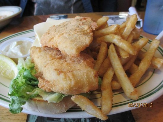 Bartlett, NH: Haddock Sandwich