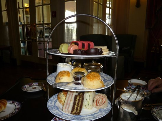 The Fairmont Empress: High tea in the Empress Tea Room