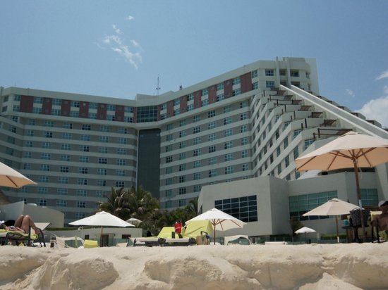 ME Cancun: The Hotel from the beach