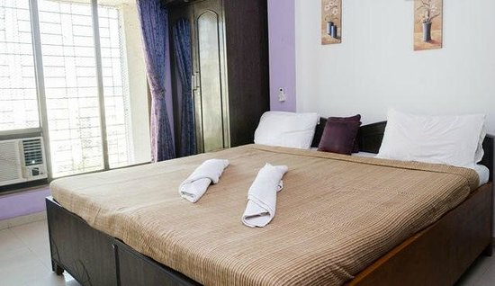 Dream Home Serviced Apartment Bunder Road Malad West