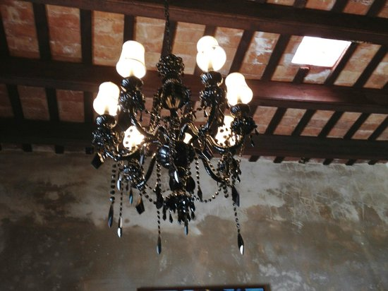 Villa Herencia: Old fixtures - really nice touch