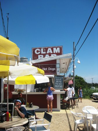 Amagansett, Nowy Jork: Clam Bar - photo by TravelBella