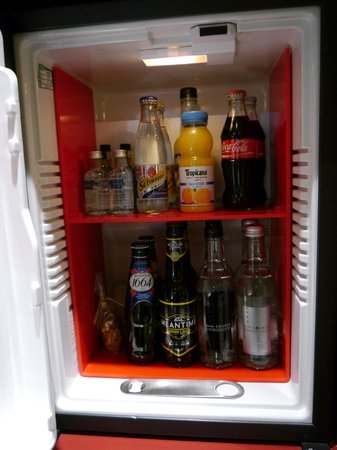 Andaz Liverpool Street: Minibar with free soft drinks