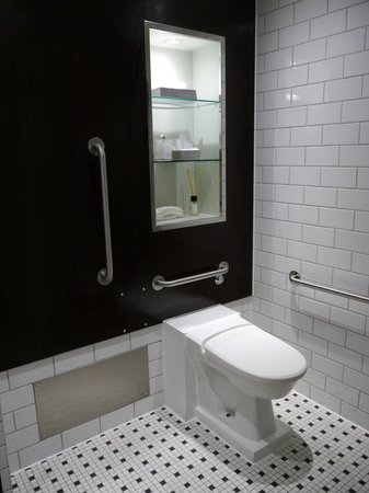 Andaz Liverpool Street: Bathroom
