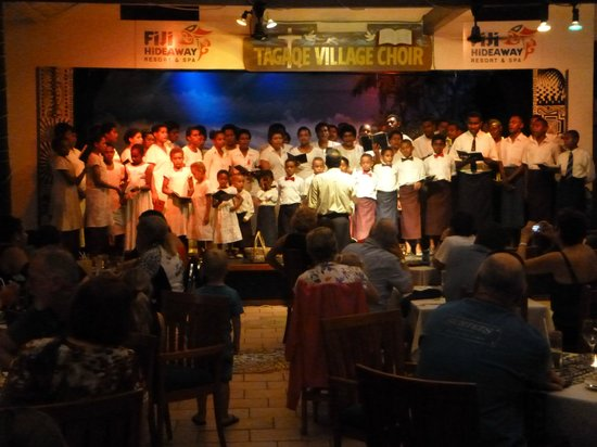 Fiji Hideaway Resort & Spa: Local Village Choir