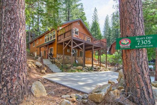 Bear 39 s den picture of yosemite 39 s scenic wonders vacation for Yosemite national park cabin rentals