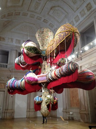 Olissippo Lapa Palace: Another installation from Joana Vasconcelos