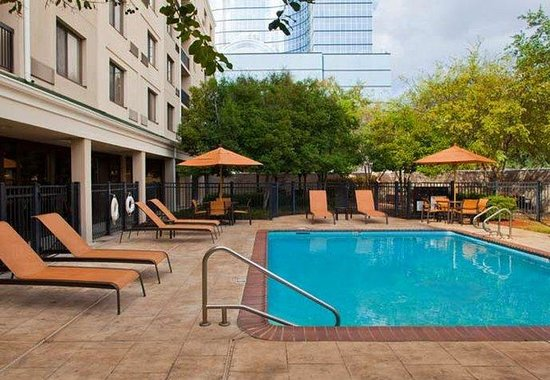 Metairie, LA: Outdoor Pool