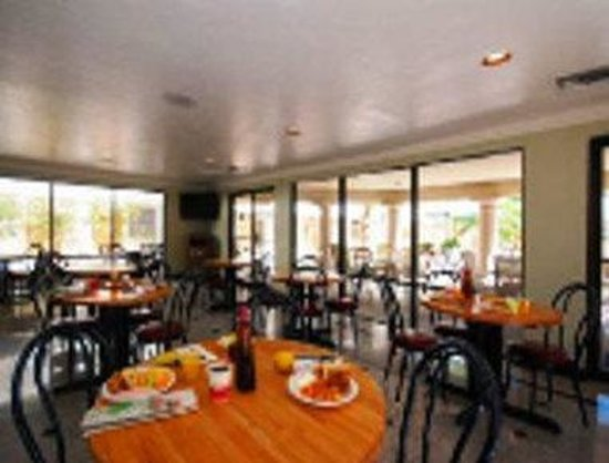 Ramada Tucson East: Breakfast Area