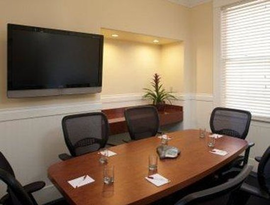 Ramada Inn & Suites Gaslamp/Convention Center: Board Room