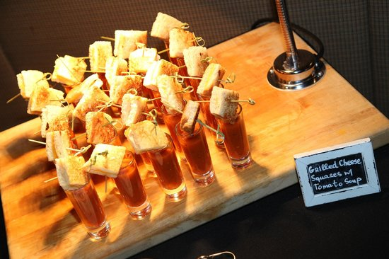 Hotel Palomar Los Angeles - Westwood - a Kimpton Hotel: grilled cheese and tomato soup shoots- mom's favorite