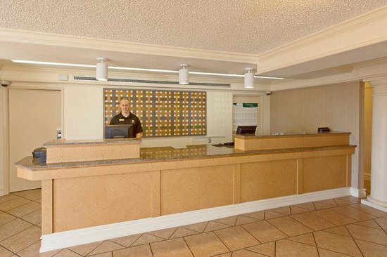 Costa Mesa, Californien: Front Desk