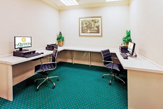 La Quinta Inn & Suites San Antonio Airport: Business Center