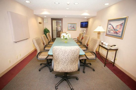 Brookfield, WI: Meeting Room