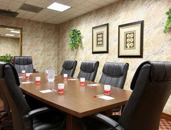 Ramada Biltmore West: Boardroom
