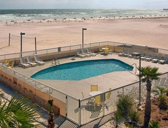Days Inn Pensacola Beachfront: Pool