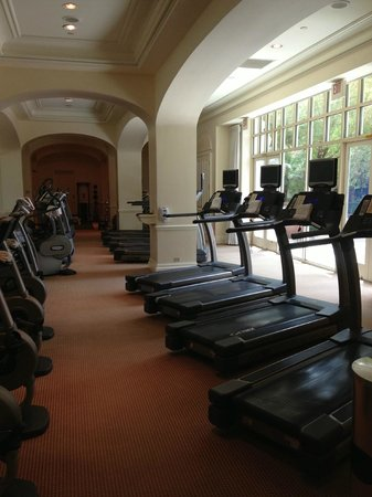 Four Seasons Hotel Las Vegas: Gym Treadmills