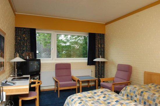 Herning, Dinamarca: Single Beds Room