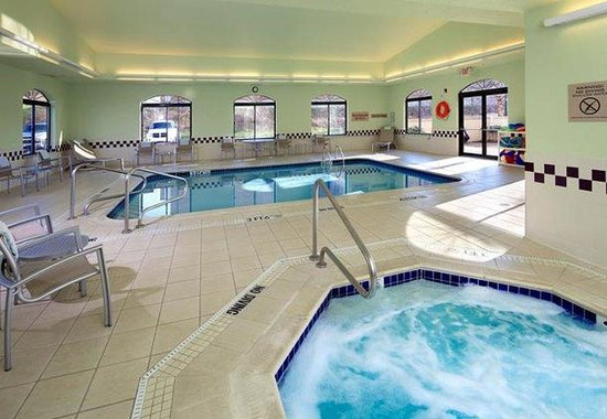 Washington, PA: Indoor Pool & Whirlpool