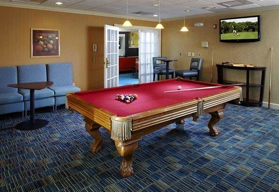 State College, PA: Billiard Room