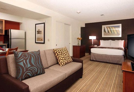 Residence Inn Los Angeles LAX/Manhattan Beach: Studio Suite