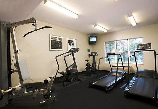 TownePlace Suites Los Angeles LAX/Manhattan Beach: Fitness Center