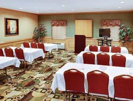 Hawthorn Suites by Wyndham Corpus Christi: Meeting Room