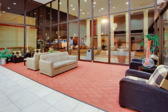 La Quinta Inn & Suites Clifton: Lobby
