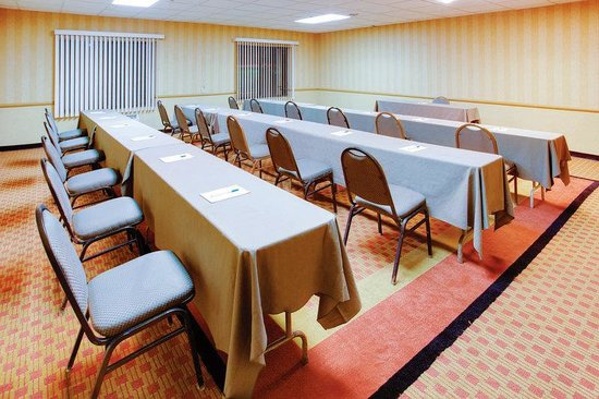 La Quinta Inn & Suites Clifton: Meeting Room
