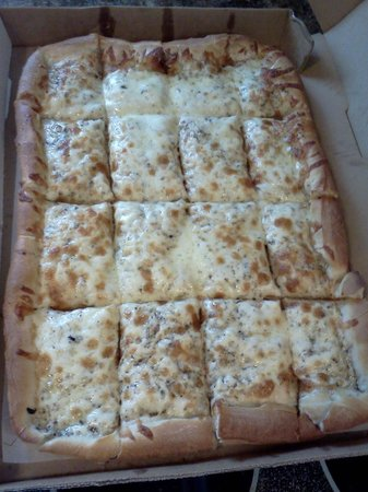Wickliffe, OH: Love this! White Pizza, 1/2 sheet