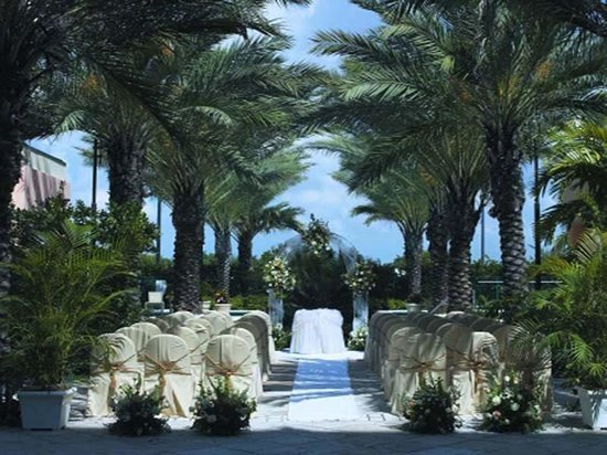 Doral, FL: Reception Area