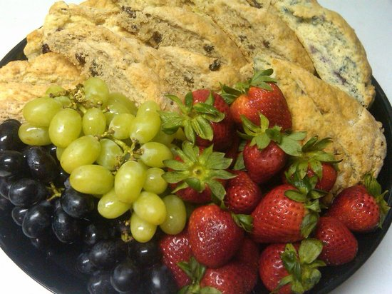 Amherst, MA: Fruit and Scone Platter