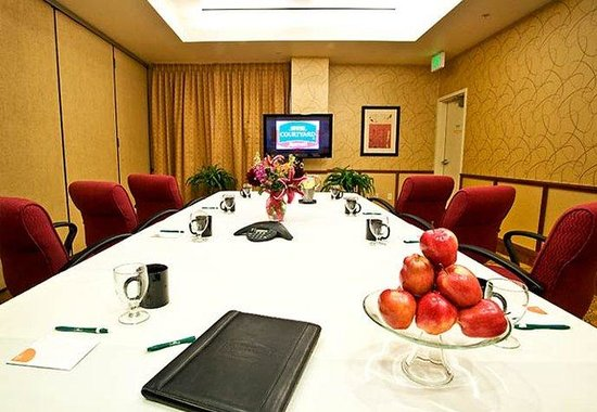 Courtyard by Marriott Paso Robles: Meeting Room Facility